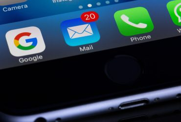 Advantages of Using Email in Business Communication